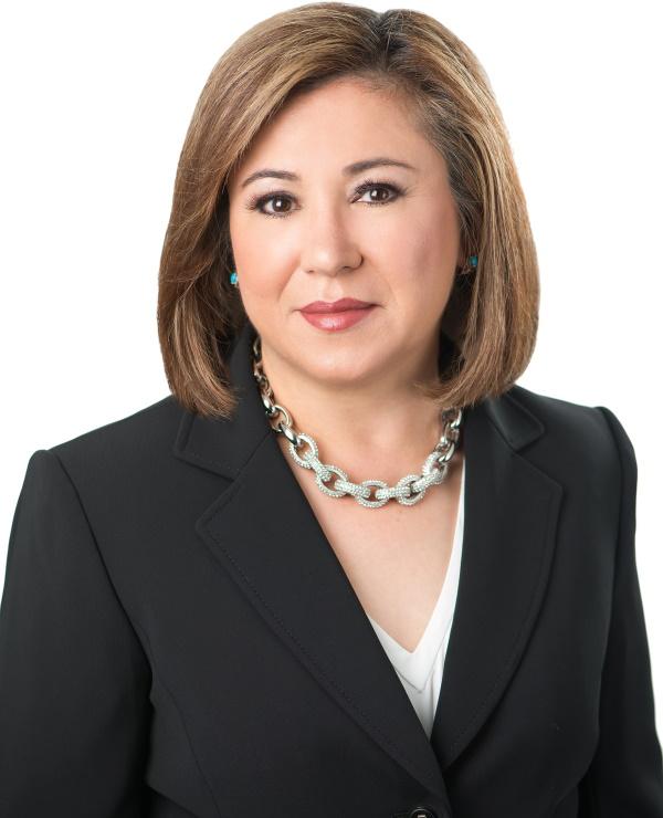 Carmen Arom